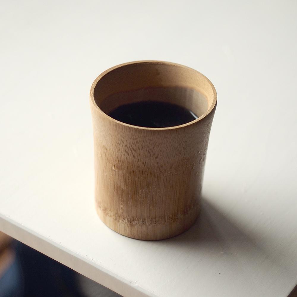 竹製のカップ